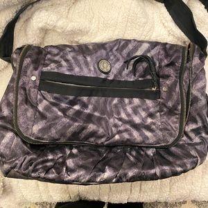 Lululemon GUC messenger bag